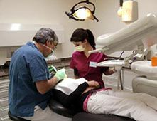 Se faire rembourser 4000 euros d'implants dentaires